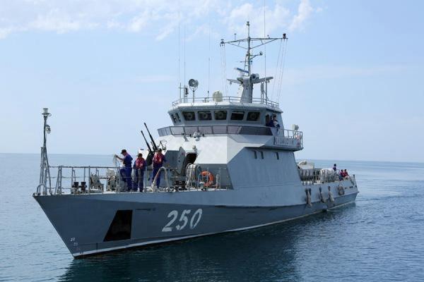 Учения российских кораблей начались в Каспийском море
