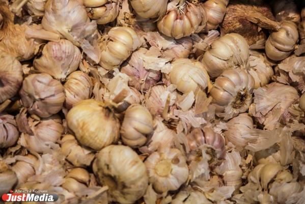 Кризиса нет? В Свердловской области стремительно дорожают продукты. Роскошью становятся капуста, чеснок, сахар и чай