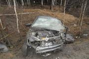 На Серовском тракте водитель «десятки» врезался в дерево. Мужчина скончался в скорой
