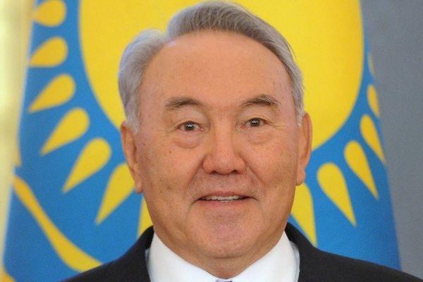 Назарбаев набирает на выборах президента Казахстана 97,7 процента голосов