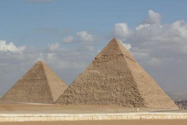 Визы в Египет с 1 мая вновь станут платными для россиян