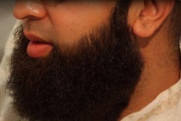 В Таджикистане мошенники продавали фиктивные разрешения на ношение бороды и хиджаба
