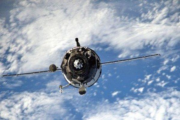 ЦУП восстановил связь с космическим грузовым кораблем «Прогресс»
