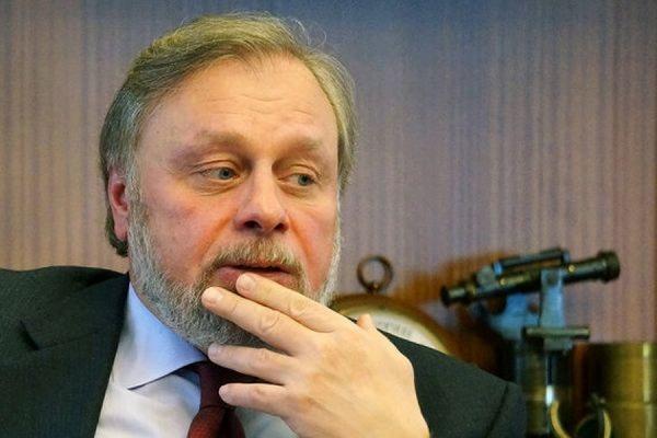 Сенатор Леонид Лебедев ушел в отставку после скандала с декларацией о доходах