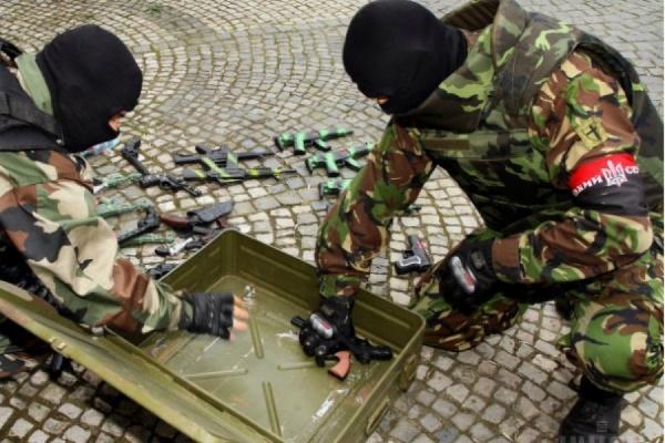 «Правый сектор» сегодня намерен пикетировать администрацию Украины