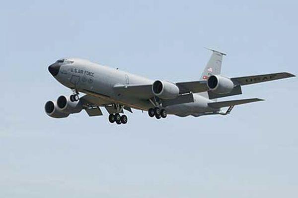 Пропавший топливозаправщик ВВС США совершил посадку в Великобритании