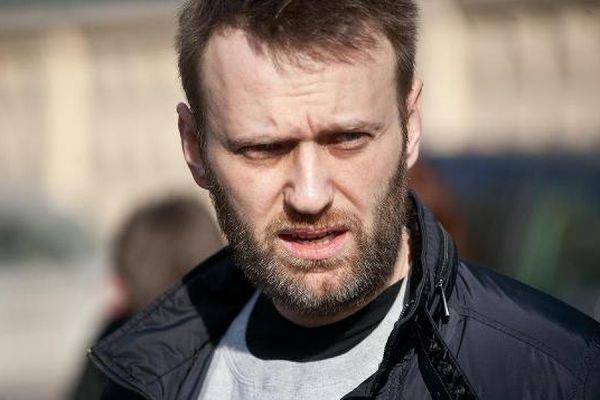 Песков заявил, что Путин вряд ли воспринимает Алексея Навального как угрозу