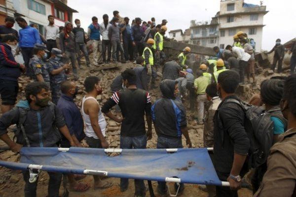 Более 40 граждан РФ до сих пор не вышли на связь в пострадавшем от землетрясения Непале