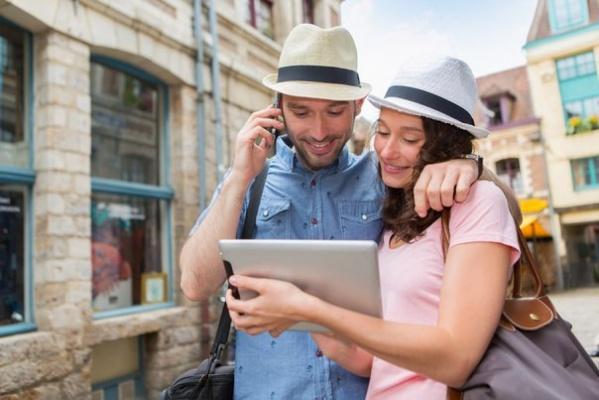 «МегаФон» берет за международный роуминг меньше других