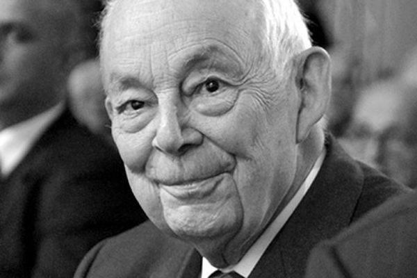 Во Франции на 89 году жизни скончался экс-глава компании Michelin Франсуа Мишлен