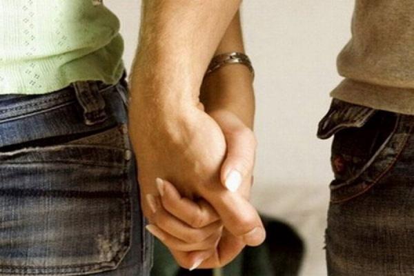 Сожительство в России предлагают приравнять к законному браку