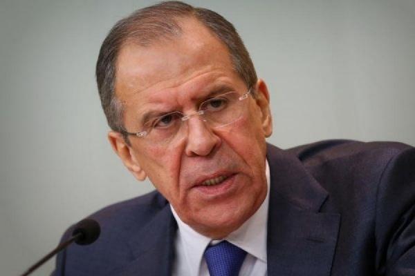 Лавров призвал прекратить обстрел Донбасса