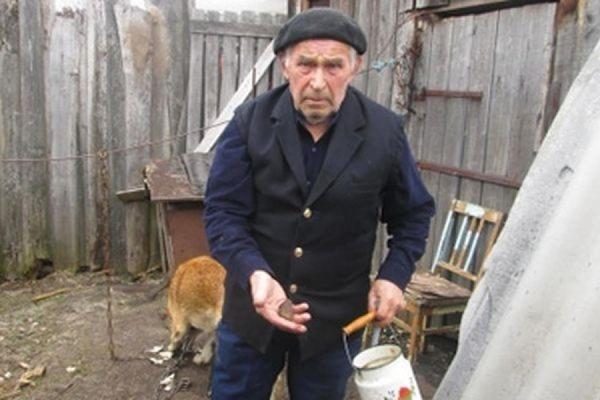 В Ленинградской области трое школьников закидали камнями 77-летнего узника концлагеря