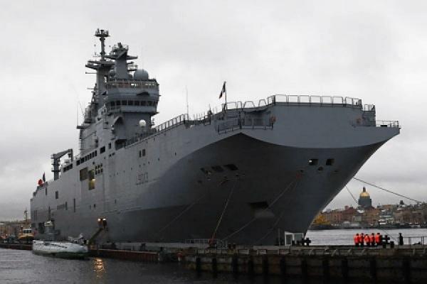 Франция может затопить построенные для РФ «Мистрали»