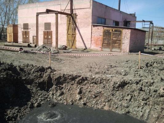 «У рыб нерест, а в Нице - нечистоты». Ирбитчане жалуются на слив канализационных вод в уральскую реку
