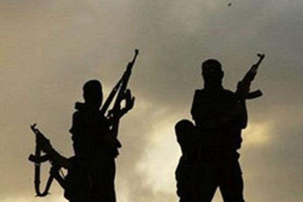 В Махачкале начался штурм дома с боевиками