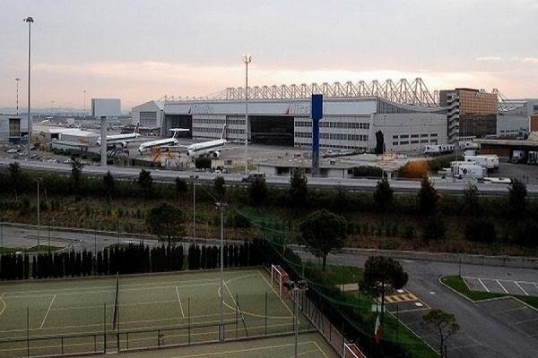 В главном аэропорту Рима произошел пожар