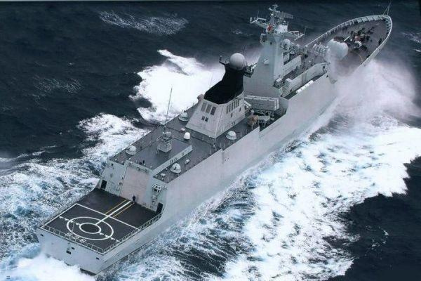 Боевые корабли Военно-морских сил Китая вошли в порт Новороссийска