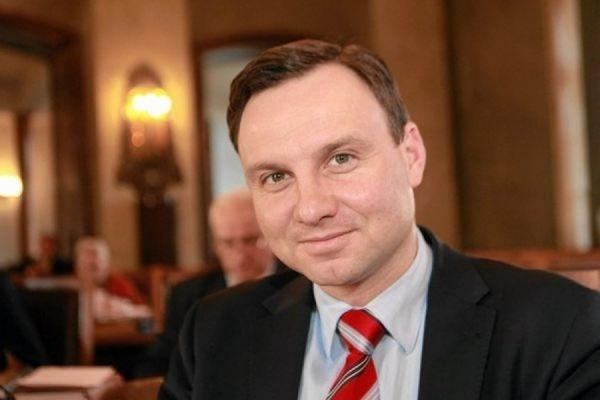 Депутат Европарламента Анджей Дуда победил в первом туре выборов президента Польши