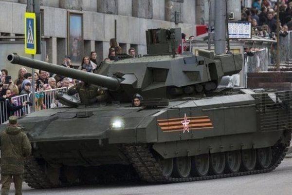 Новый российский танк Т-14 «Армата» в перспективе получит пушку калибром 152 мм.