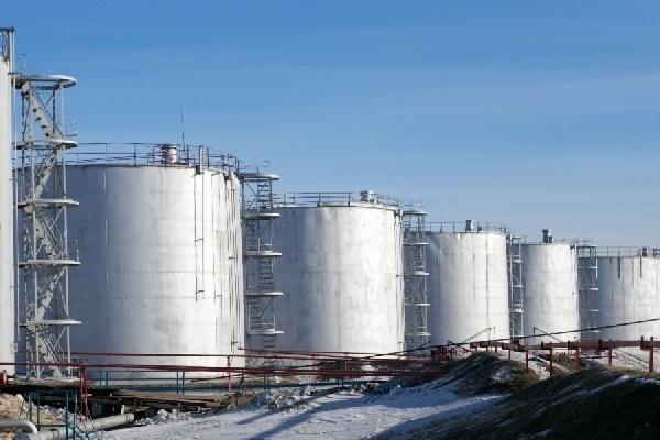 ФСБ в Новосибирске обнаружила хищение нефтепродуктов