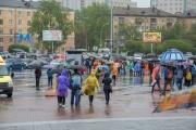 Дождю не удалось испортить «Майскую прогулку» екатеринбуржцев