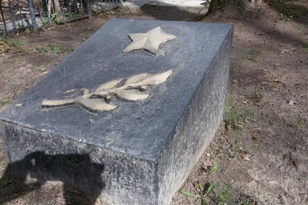 Ирбитчанина не будут судить за покраску мемориала к юбилею Победы