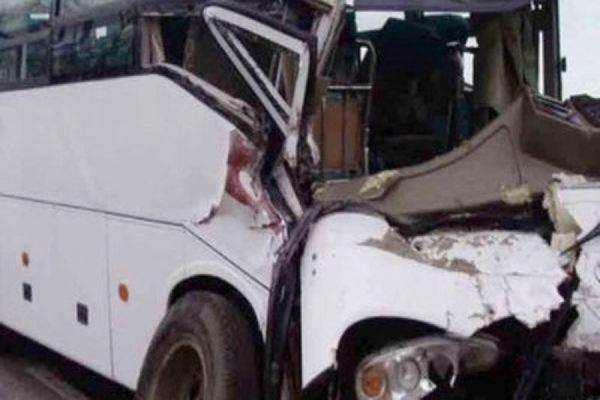 В Нижегородской области автобус с детьми столкнулся с фурой, три человека погибли