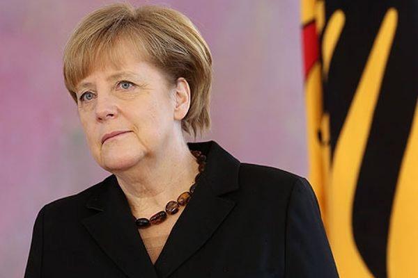 Ангела Меркель заявила, что возвращение к формату G8 пока невозможно