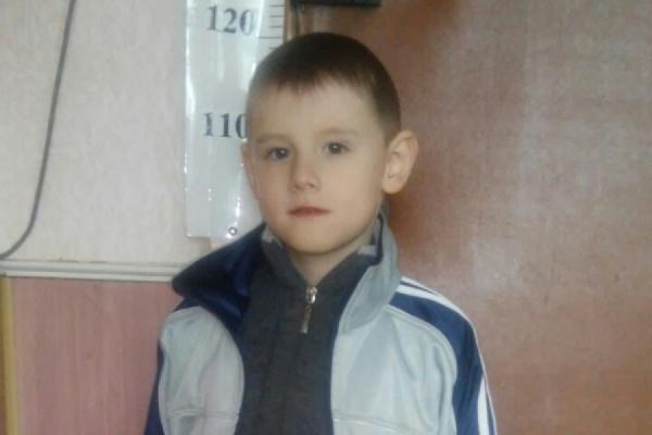 Родители гиперактивного Савелия, уехавшего вчера от бабушки на трамвае, нашли его в отделе полиции