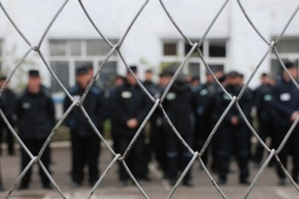 Почти 34 тысячи человек освобождены по амнистии к 70-летию Победы в ВОВ