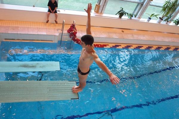 Спортсмены Дворца молодёжи завоевали семь медалей на чемпионате России по прыжкам в воду