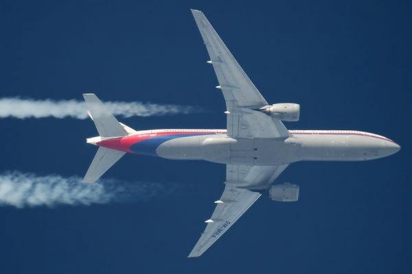 Один из пассажиров вскрыл себе вены на борту самолета Москва–Петербург