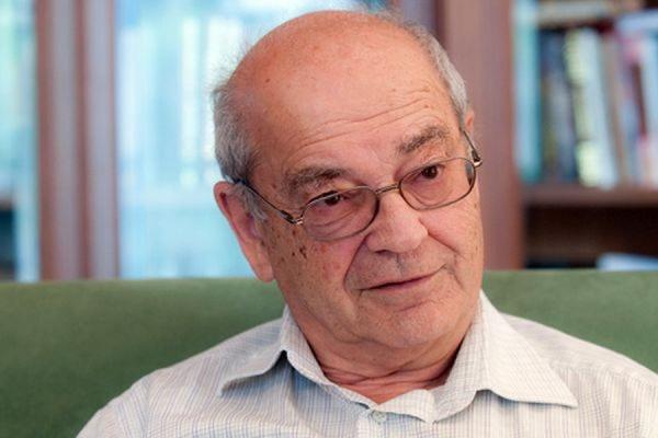 Основатель «Династии» Дмитрий Зимин прекращает финансирование фонда