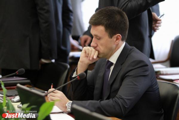 «Управляют сами не зная чем». Артюх пожаловался на МУГИСО прокурору Охлопкову