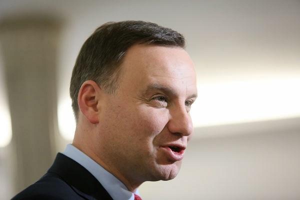 Избранный президент Польши вышел из оппозиционной партии «Закон и справедливость»
