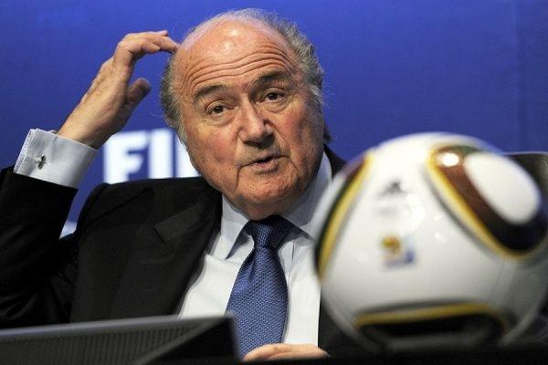 Глава ФИФА Йозеф Блаттер поддержал расследование по делу о коррупции в организации