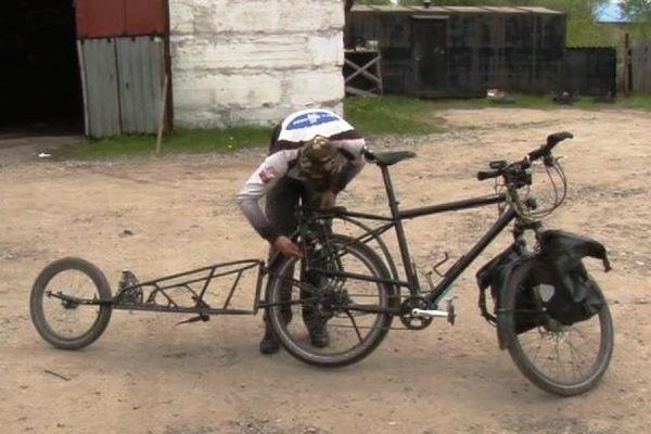 Полиция Хабаровска вернула путешественнику из Австрии велосипед стоимостью 500 тыс. рублей