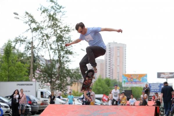 Жители Екатеринбурга устроили битву за спортивные рекорды