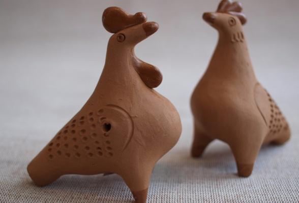 «Коты-бражники» и олени с ветвистыми рогами.  В Екатеринбурге откроется выставка таволожских свистулек