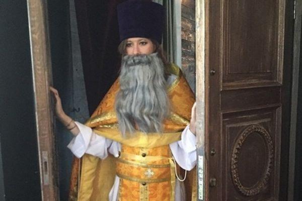Телеведущая Ксения Собчак ответила на обвинения в оскорблении чувств верующих