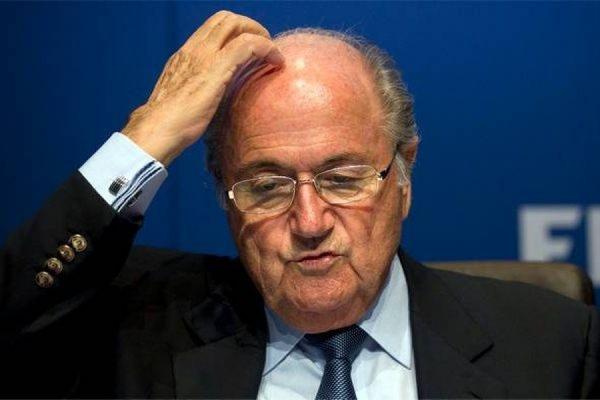 Йозеф Блаттер на фоне коррупционного скандала уходит с поста президента ФИФА