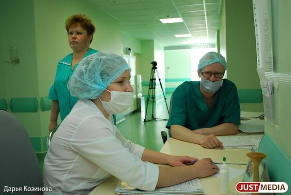 Свердловские чиновники добиваются исполнения майских указов Президента за счет непосильного труда бюджетников