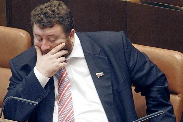 Экс-сенатор Попельнюхов арестован по обвинению в хищении 1 млрд рублей