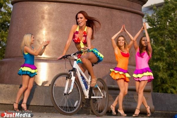 В Екатеринбурге объявлен кастинг на звание «Мисс Вело-город-2015». Главный приз — полмиллиона рублей