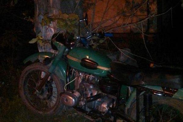 В Новосибирской области 15-летнего подростка на мотоцикле убило ударом молнии