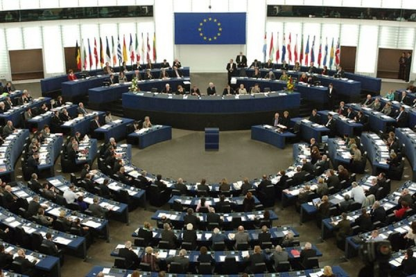 Европарламент рекомендовал странам ЕС больше не рассматривать РФ как стратегического партнера