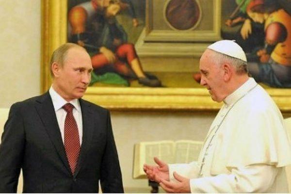 Песков объяснил, почему Путин опоздал на встречу с Папой Римским Франциском