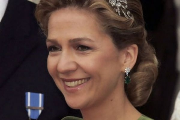 Король Испании лишил свою сестру Кристину титула герцогини за коррупцию