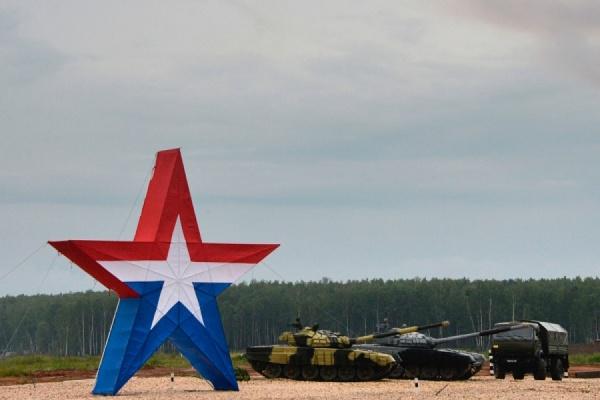 """Путин примет участие в сегодняшней церемонии открытия международного военно-технического форума """"Армия-2015"""""""